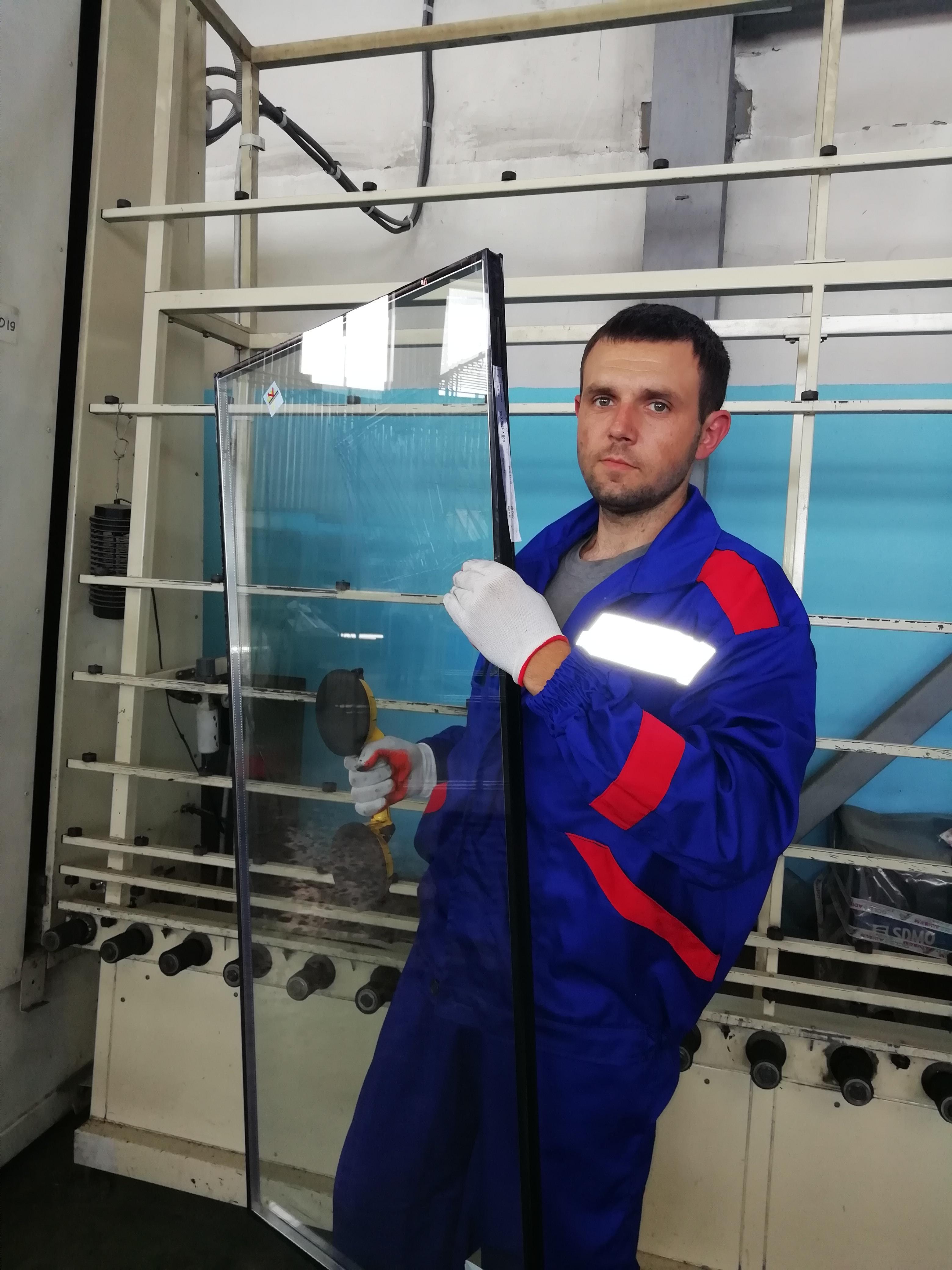 Сборщик на стеклопакетную линию - Завод «АДИСЭМ»